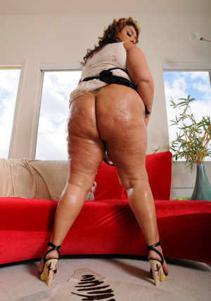 BBW Fat Booty Walking